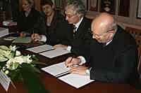 Подписание договора о производстве