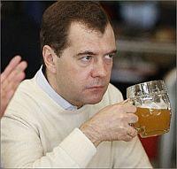 Медведев и пиво