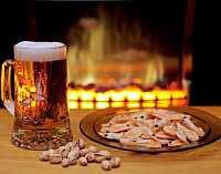 Какая закуска к пиву полезней?