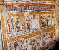 Археологи нашли в Луксоре гробницу древнеегипетского главного пивовара