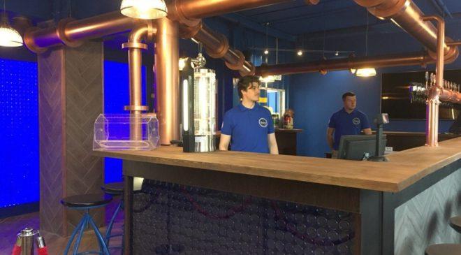 HEINEKEN открыл первый фирменный магазин  разливного пива в России