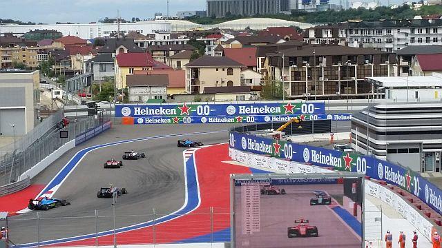 компания HEINEKEN поддержала российский этап Формулы - 1